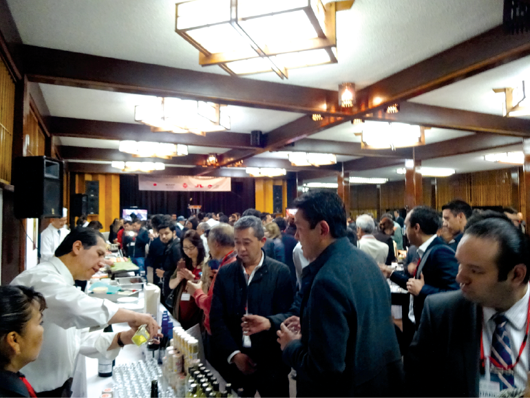 Premium Jizake of varying types, grades, regions, and flavors:  learning through the palate and learning with the mind come together at this trade-only Sake seminar and tasting in Mexico City.