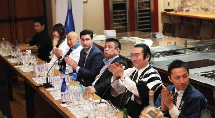 All-Star Sake & Shochu Team (from left): Mr. Miyazaki (iichiko), Mr. Saito (Dassai), Mr. Honda (Tatsuriki), Mr. Ganiella and Mr. Naka (Sho Chiku Bai), Mr. Kato (Born), and Mr. Nakajima (Hakkaisan)