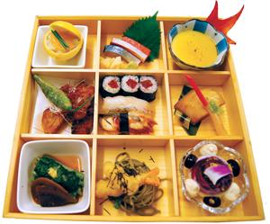 Shokado style bento prepared by Chef Seiichiro Tsuji, Lead Sushi Chef at Morimoto Napa.