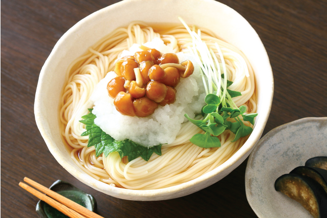 Nameko Mushroom makes for a delicious and healthy topping for noodles and other dishes!
