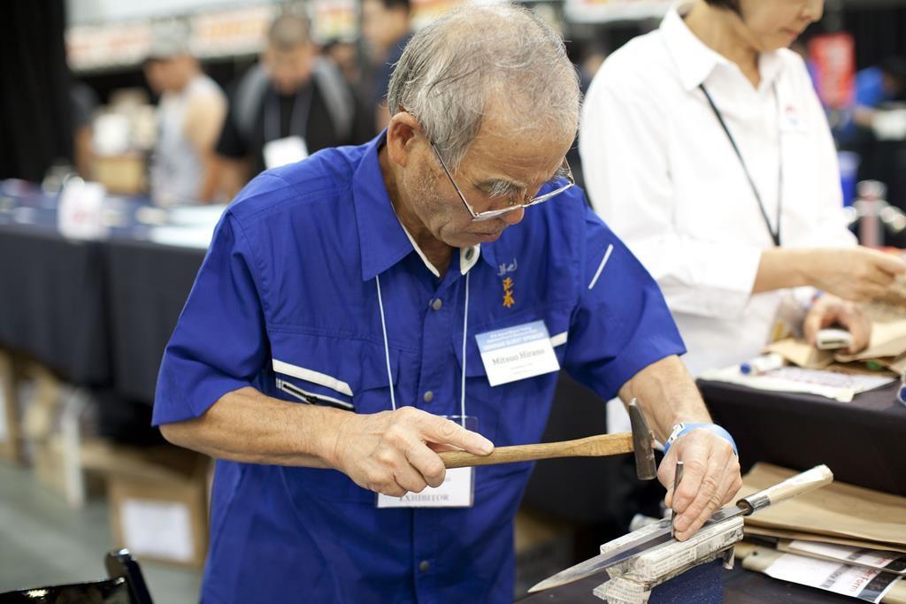 Personalized hocho engraving by Hocho Master Hirano of Tsukiji Masamoto